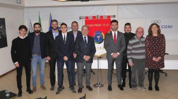 Il Panatlhon Firenze ha premiato atleti, dirigenti sportivi e giornalisti che si sono distinti nel corso del 2018 per impegno e correttezza nell'ambito dello sport. La premiazione si è svolta presso la sede del CONI a Firenze.
